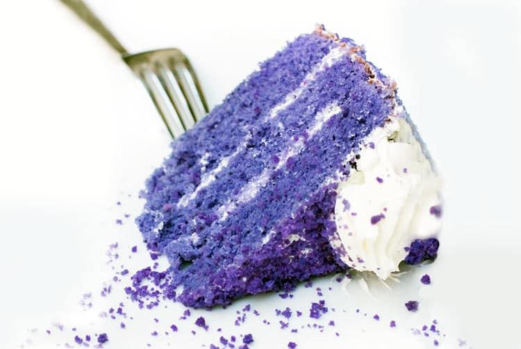 Gâteau d'igname pourpre. Ube