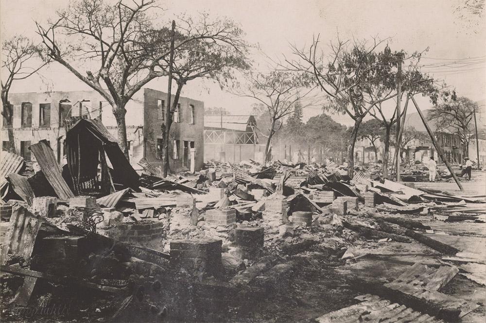 Le marché après le bombardement de Papeete, le 22 septembre 1914