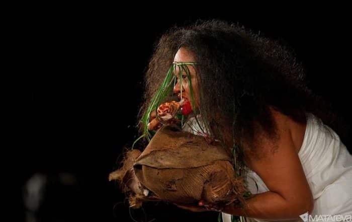 Légende de Haumanavaitu. dansée par Tamari'i Tipaerui en 2012. Photo Matareva