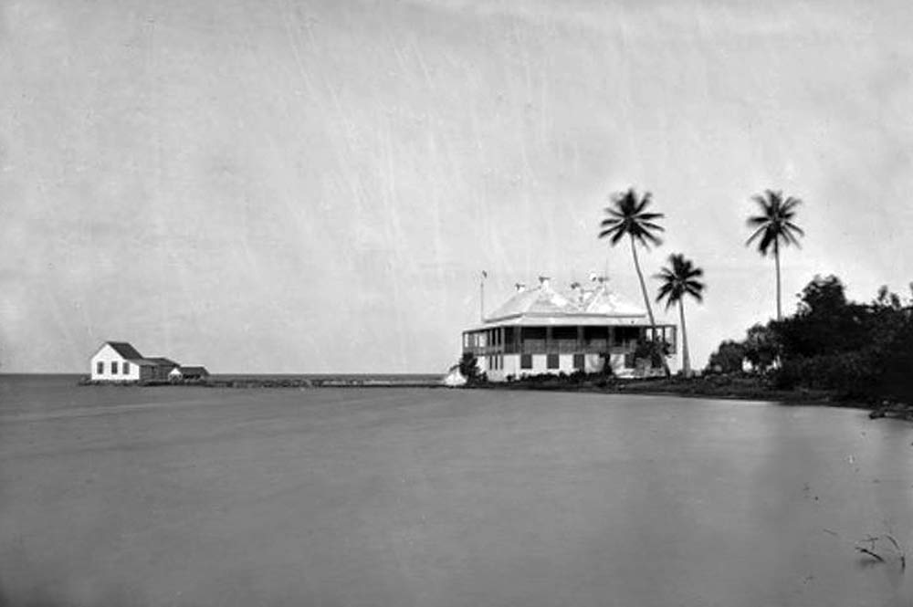 La maison de Stewart à Atimaono, Papara. Photo Emile Miot 1869.
